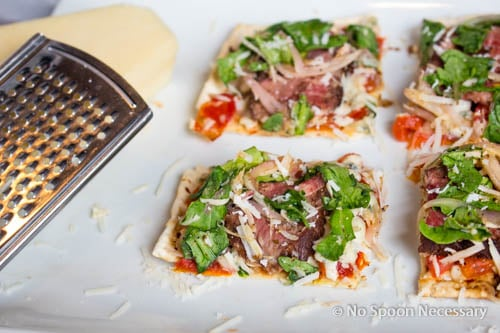 Steak Bruschetta Flatbread-353