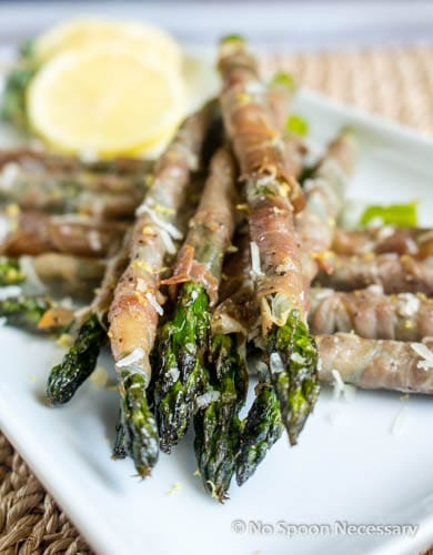 Roasted Prosciutto Wrapped Asparagus {with Lemon-Herb Aioli}