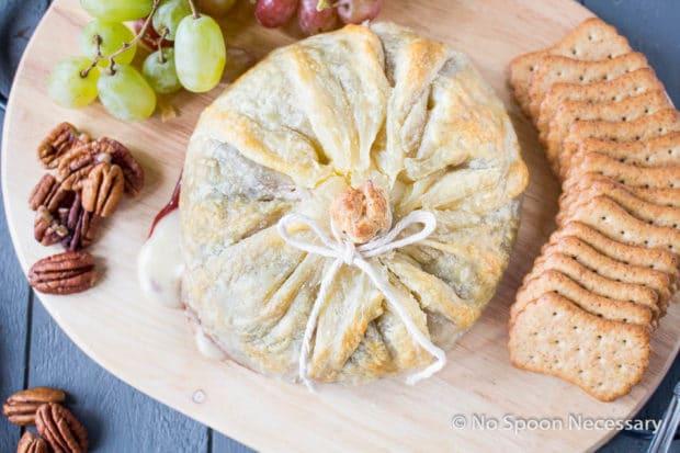 Raspberry Pecan Brie en Croute-3