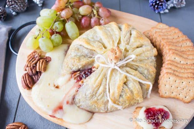 Raspberry Pecan Brie en Croute-31