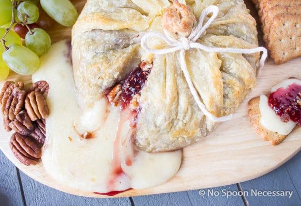 Raspberry Pecan Brie en Croute-43