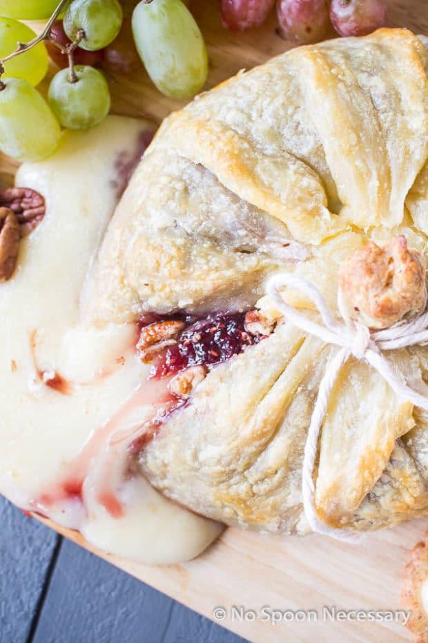 Raspberry Pecan Brie en Croute-87