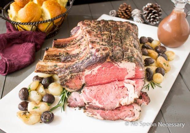 Herb Crusted Standing Rib Roast {with Horseradish-Red Wine Gravy} - No ...