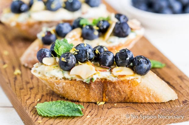Blueberry Marscapone Crostini-207