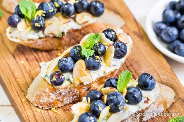 Blueberry Marscapone Crostini-87