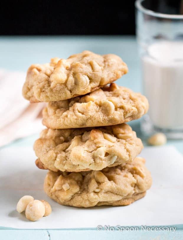 white chocolate macademia cookies-156