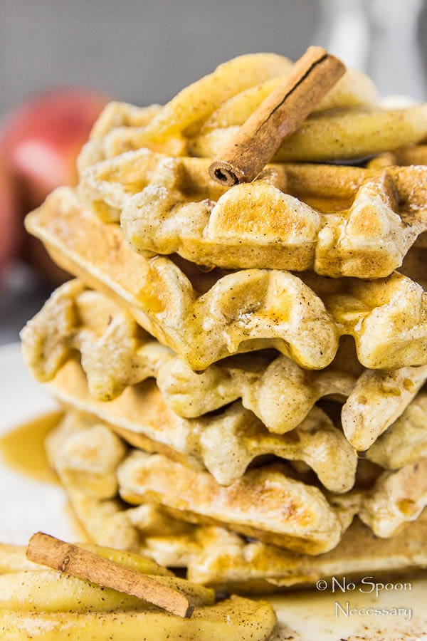 apple-cinnamon-waffles-with-bourbon-maple-syrup-89