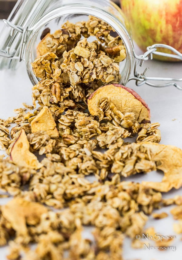 cinnamon-apple-pie-granola-70