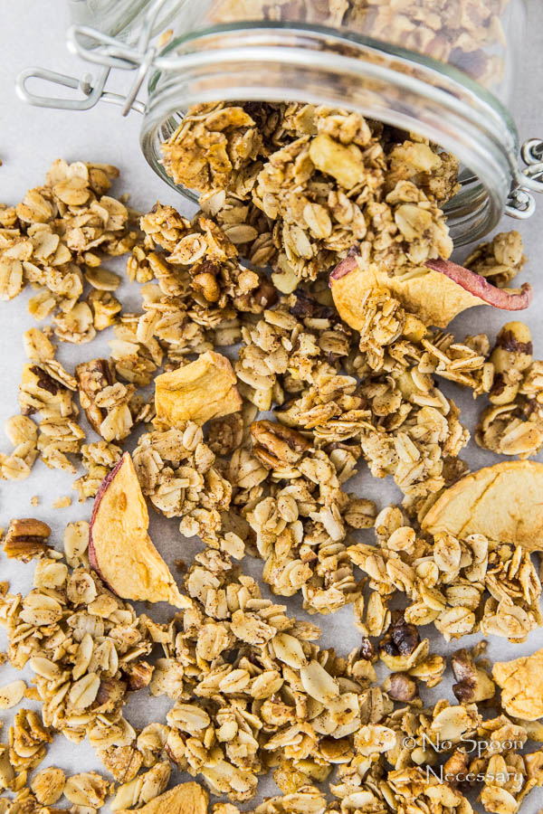 cinnamon-apple-pie-granola-83