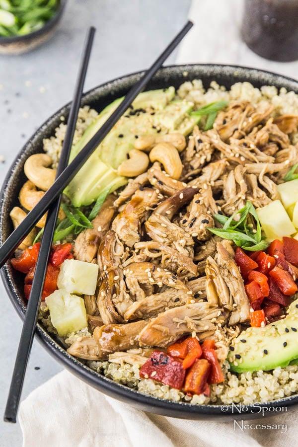 easy-slow-cooker-chicken-teriyaki-quinoa-bowls-142