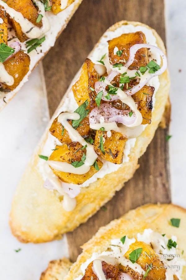 caramelized-butternut-squash-crostini-32