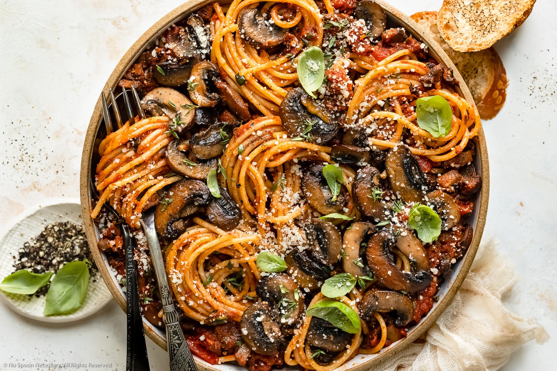 Easy Mushroom Spaghetti Sauce No Spoon Necessary